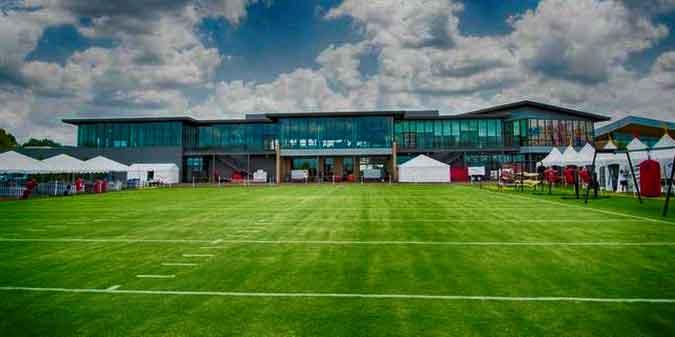 Bon-Secours-Washington-Redskins-Training-Camp-Day-2-cropped