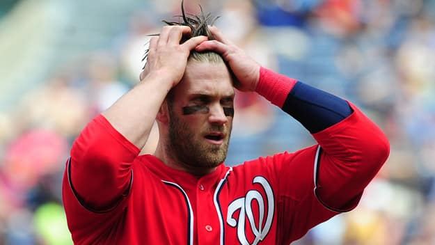 nationals-series-harper-reacts-badly-hands-in-hair